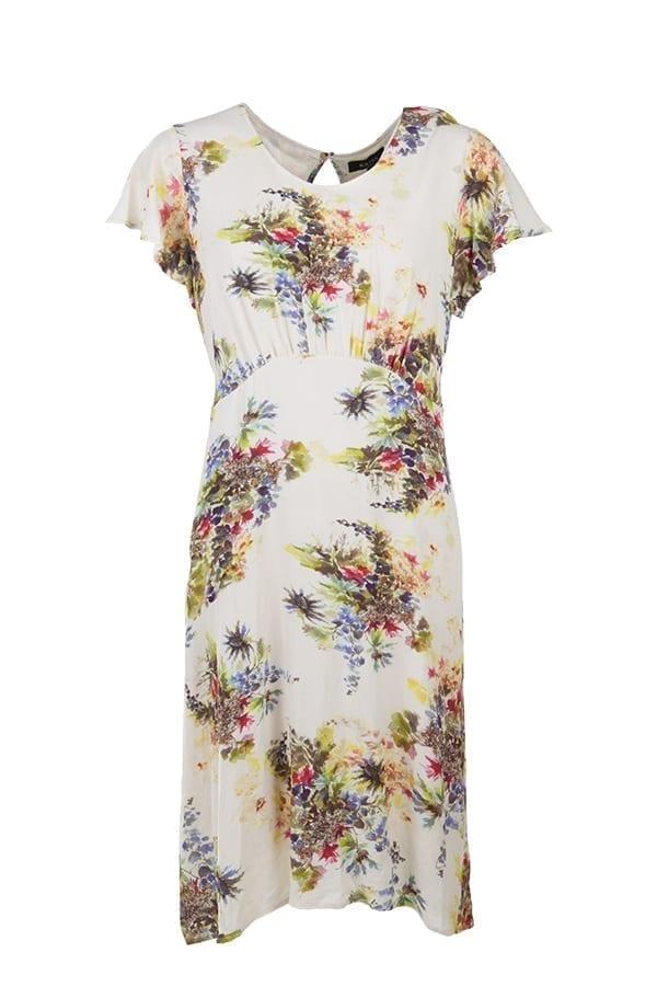 Kriss klänning Salamanca. Romantisk klänning i viskoscrepe med vackert digitalprint av blommor på off-white botten.